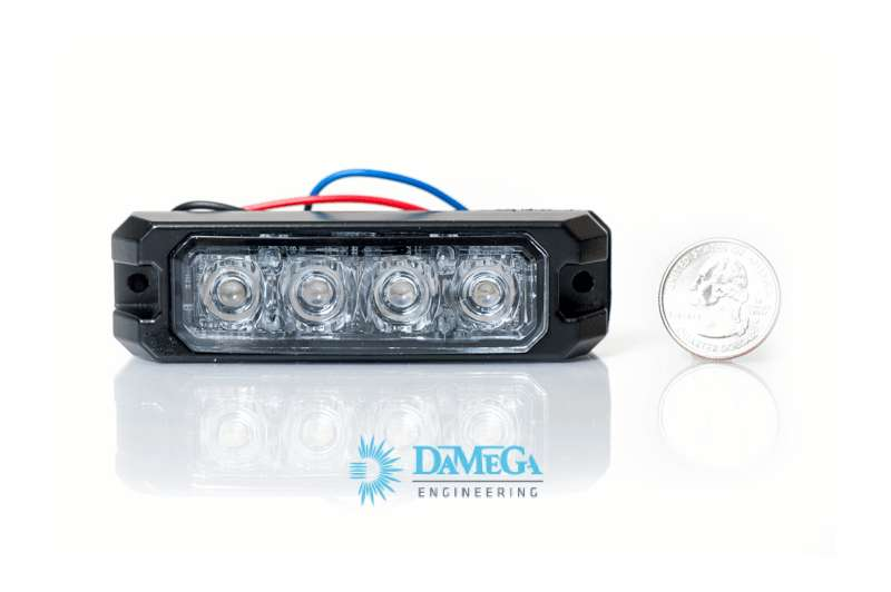 DaMeGa ELEMENT 4 Grille Light Review Product